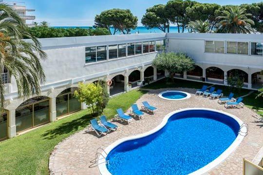 Del 29 al 31 de marzo vacaciones en la Costa Dorada en el hotel Meridia Mar ¡En régimen de media pensión!