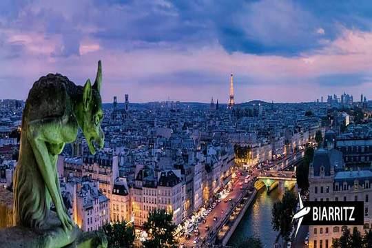 ¡Descubre el encanto de París! Vuelo + 3 noches con desayunos en habitación doble en el hotel Abrial o similar