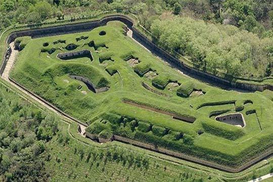 Descubre los secretos del Fuerte de Guadalupe, una de las fortificaciones más bellas de Euskadi situada en el monte Jaizkibel