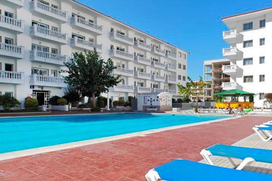 Disfruta de unas vacaciones en la costa Brava ¡7 noches en apartamento para 4 personas en Blanes!