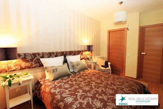 Disfruta de las vacaciones que te mereces con una estancia de 2 a 4 noches en los apartamentos Real Valle de Ezcaray ¡Incluye visita a bodega y botella de vino!