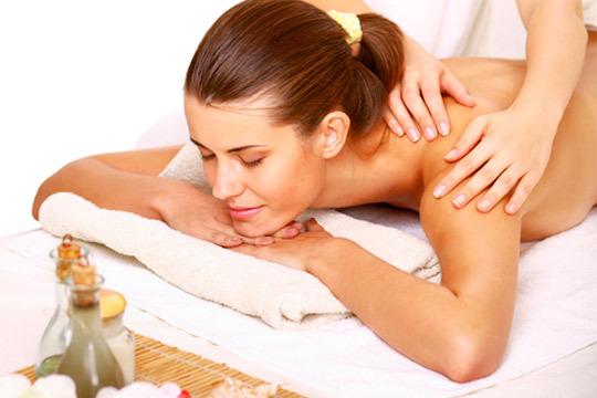 Libera tensiones de cuello y espalda con un masaje descontracturante con Marc Cortadelles