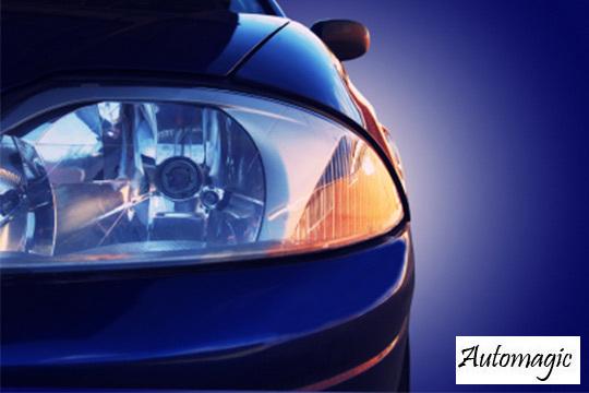 Los focos de tu coche quedarán como el primer día con una restauración con limpieza, lijado, pulido y barnizado ¡Y añade restauración del cuero del volante!