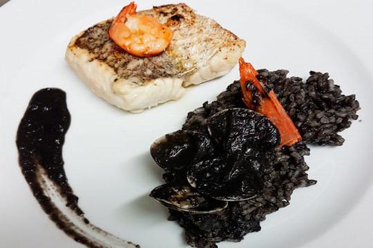 Exquisito menú tradicional con toque de autor en El Romeral (Pasaia)