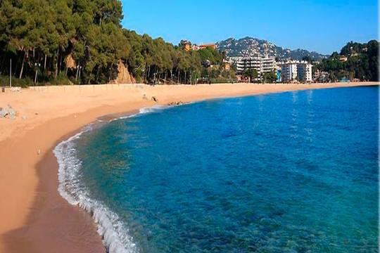 Agosto en la Costa Brava ¡7 noches con pensión completa en Blanes!