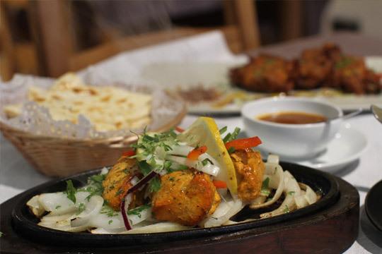 Menú degustación hindú de 6 platos + bebida ¡Internacional!
