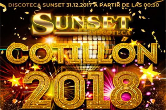 ¡Comienza el año en la Discoteca Sunset! Cotillón de Nochevieja con cena fría, bolsa de cotillón, sorteos, gogos y mucho más