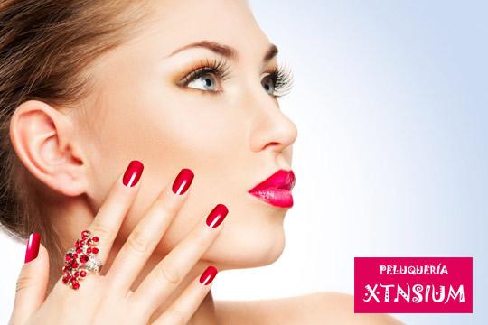 Mejora tu imagen con una sesión de belleza completa: higiene facial + diseño de cejas y labio + esmaltado de uñas