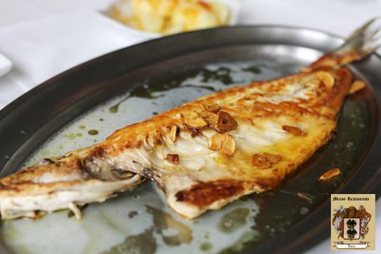 Disfruta de un exquisito menú en Navidades con la familia o amigos en el mesón restaurante Lara ¡Con carne y pescado!