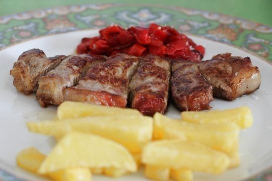 Disfruta de un exquisito menú en la Taberna Puerto Chico ¡Ya tienes plan gastronómico para el fin de semana!