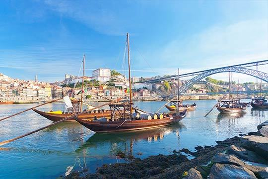 ¡Descubre Oporto en el puente de mayo! 3 noches en el hotel Belver Beta Porto 4* con desayuno