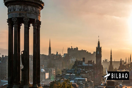 Descubre la capital de Escocia y enamórate de Edimburgo con este viaje que incluye vuelo desde Bilbao y 4 noches de hotel ¡No te lo puedes perder!