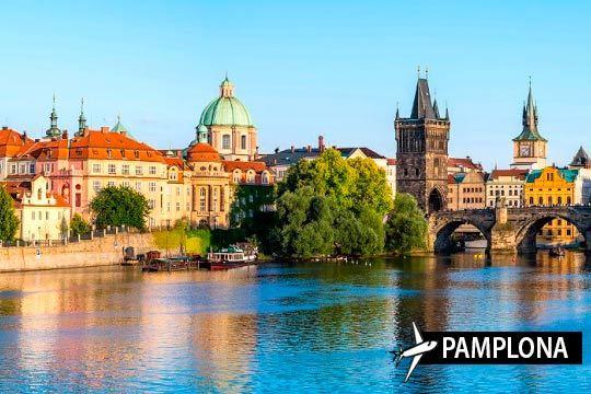 Disfruta de la historia de Praga con vuelo directo de Pamplona + 3 noches con desayunos + visita ¡Para el puente de diciembre!