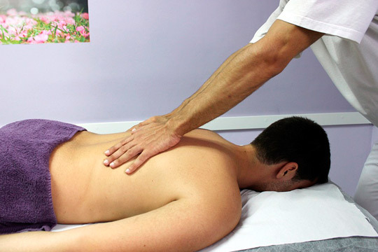 Elige entre 1 o 3 sesiones de fisioterapia o masaje en el centro Alvieris Fisioterapia en Barakaldo ¡Siéntete bien!