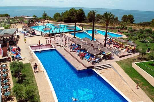 Disfruta de unas merecidas vacaciones en la costa de Tarragona con 7 noches en el hotel Ohtels Les Oliveres 4* ¡Para dos adultos + 1 niño!