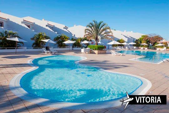 Verano en Tenerife: Vuelo desde Vitoria + 7 noches en Studio Malibu Park