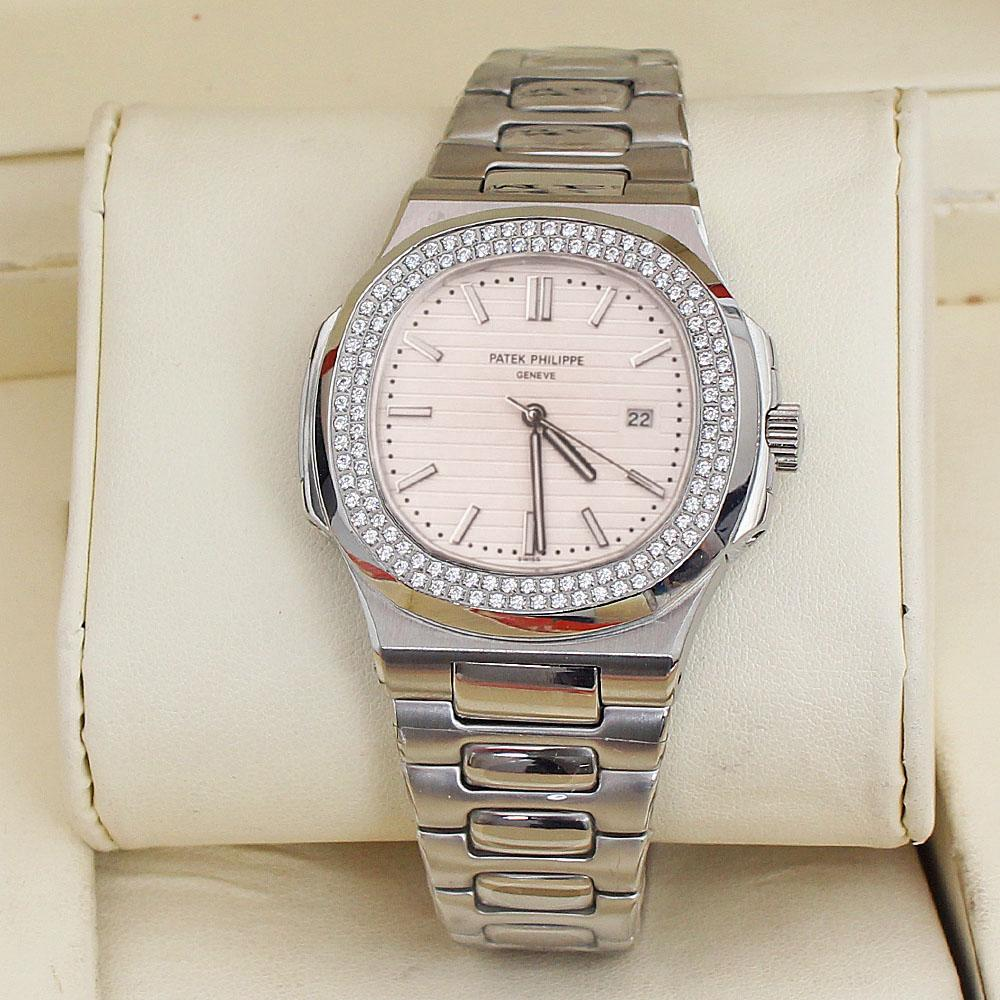 3ATM Silver Steel Studded White Face Mens Watch