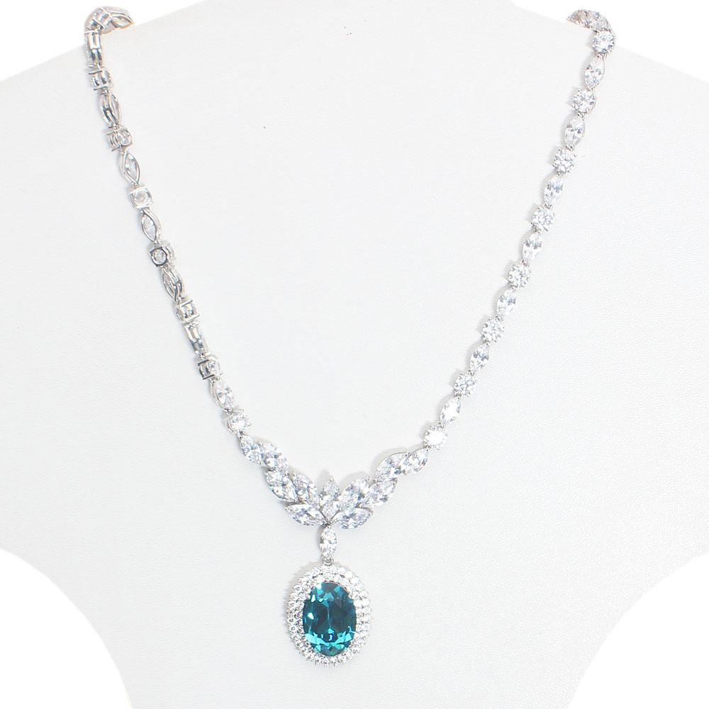Studded Silver Necklace with Small Swarovski element Stone