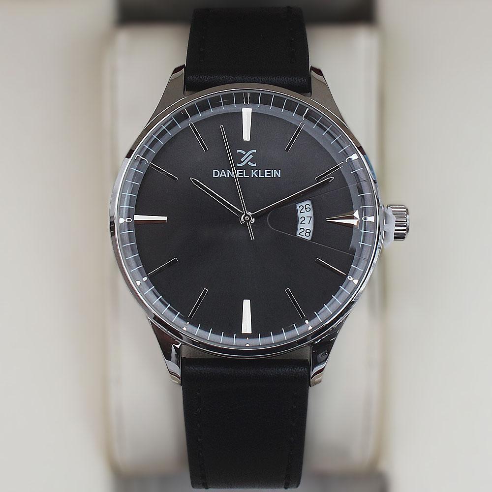Daniel Klein Classic Date Watch wt Black Leather Strap