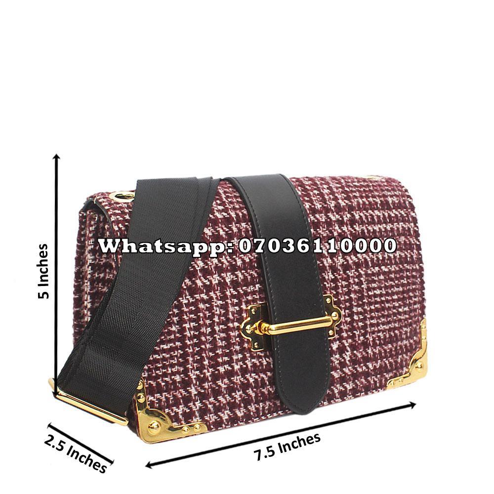 http://s3-eu-west-1.amazonaws.com/coliseumimages/square_658dbf693f46420b.jpg