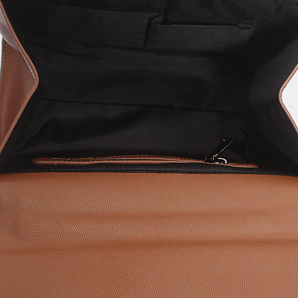 http://s3-eu-west-1.amazonaws.com/coliseumimages/square_8b1cdfc7a18542d9.jpg