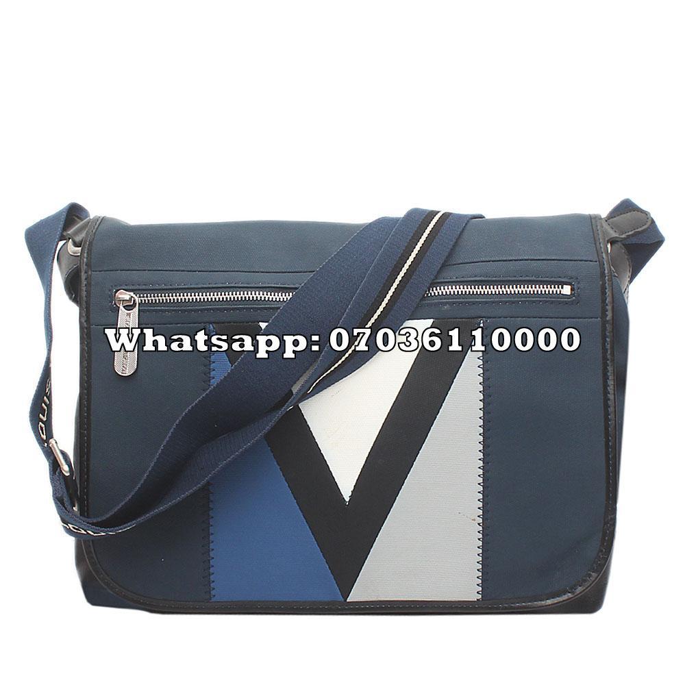 http://s3-eu-west-1.amazonaws.com/coliseumimages/square_9fa644263b90464f.jpg