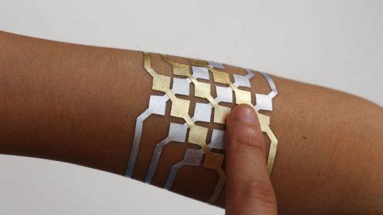 TECNOLOGIA  – DuoSkin, il tatuaggio della Microsoft in arrivo a settembre