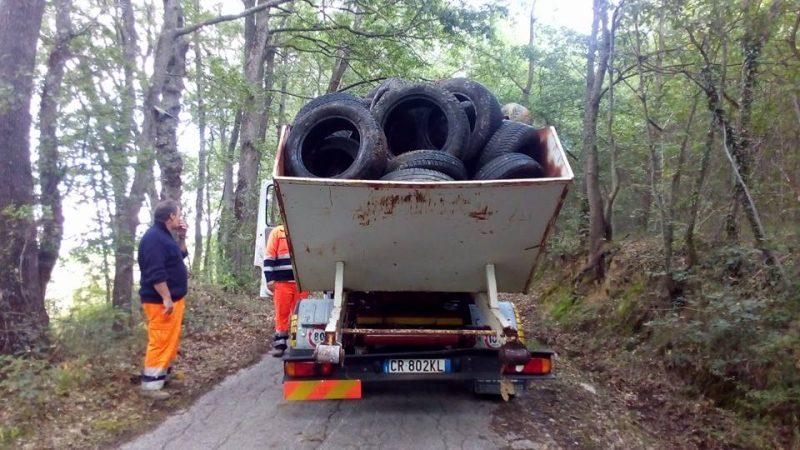 Bonificata l'area di Polese invasa da pneumatici (LE FOTO)