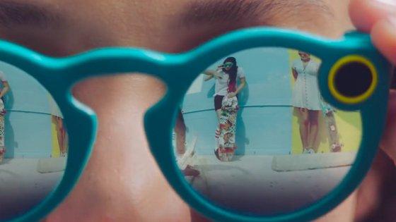 TECNO – Snapchat lancia Spectacles: gli occhiali per condividere video