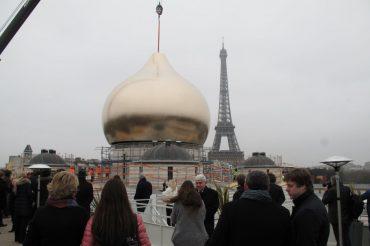 "Parigi, inaugurate le ""cupole di Putin"""