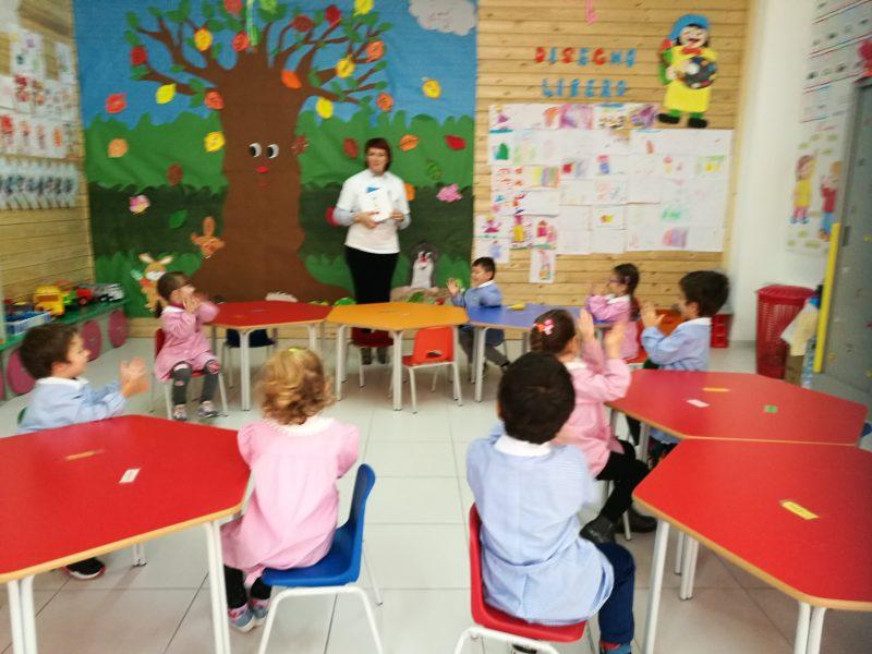 """""""Nati per leggere"""", un laboratorio a scuola per i bimbi di Capracotta"""
