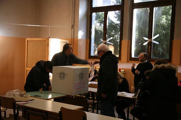 Isernia, i rappresentanti di Sel presidiano tutti i seggi