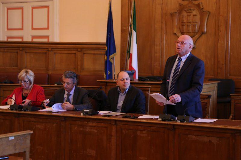 Scuola Don Milani, chiesta una seduta di Commissione per fare il punto della situazione