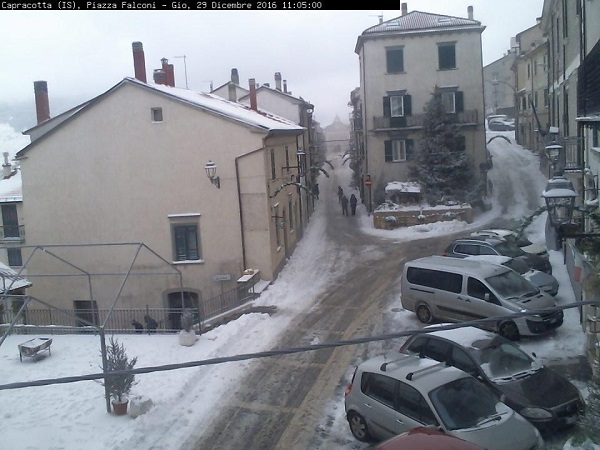 Temperature in picchiata e neve a bassa quota