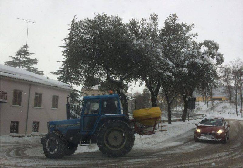 Larino, prosegue la gestione dell'emergenza neve in città