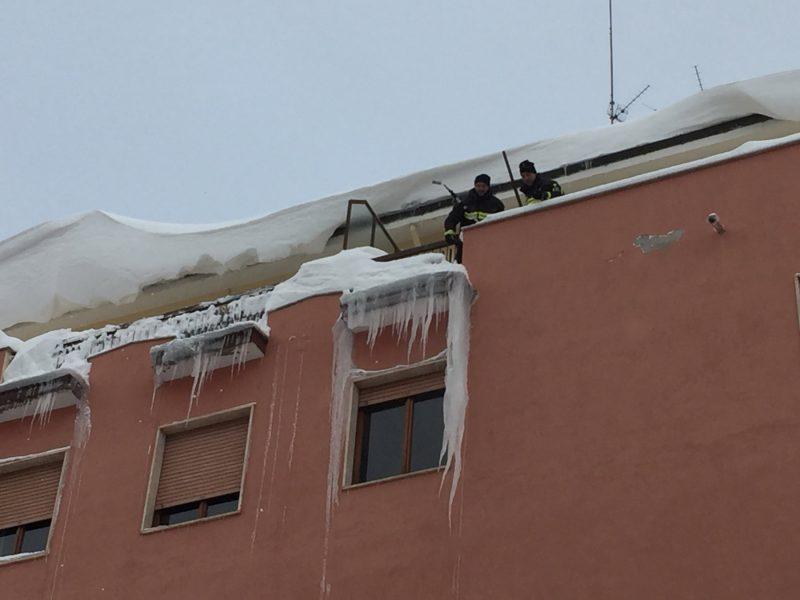 La neve dà una piccola tregua, ora preoccupa il ghiaccio