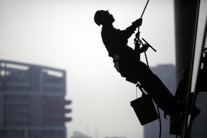 ECONOMIA – Lavoro nero, maglia nera al Mezzogiorno: Molise al 15,6%