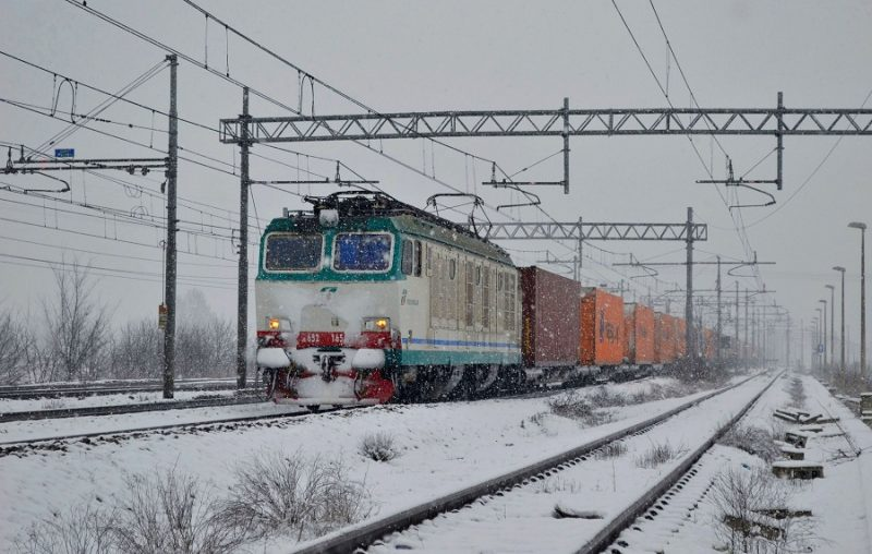 Maltempo, il piano neve di Trenitalia e le tratte cancellate