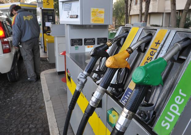 Maltempo, benzina in arrivo