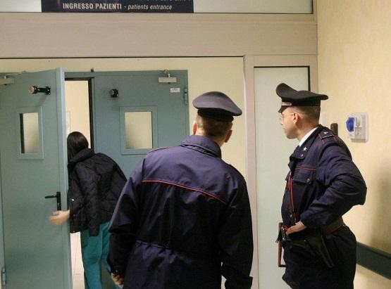Esercitavano abusivamente la professione, denunciate due infermiere
