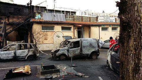 Napoli: esplode bombolone gas, due morti, cinque feriti
