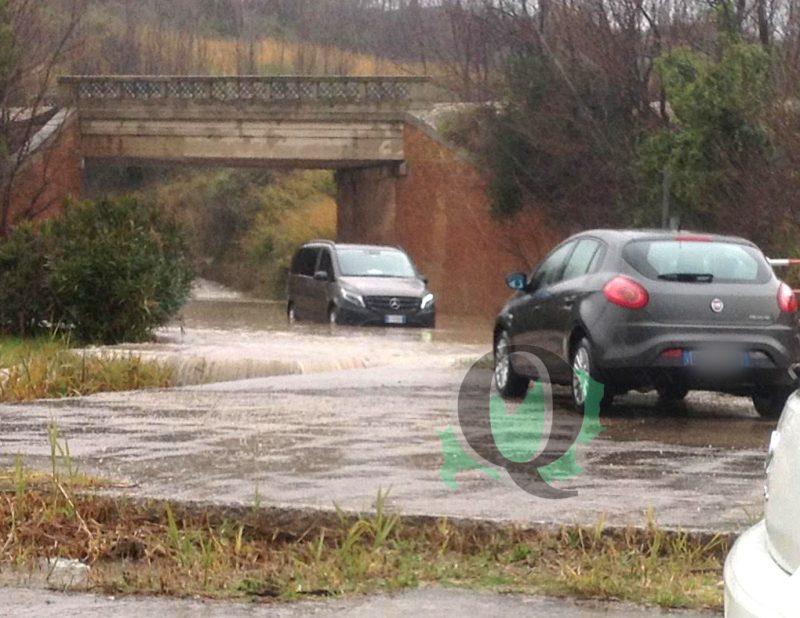 Frane, allagamenti e neve: le strade provinciali chiuse al traffico