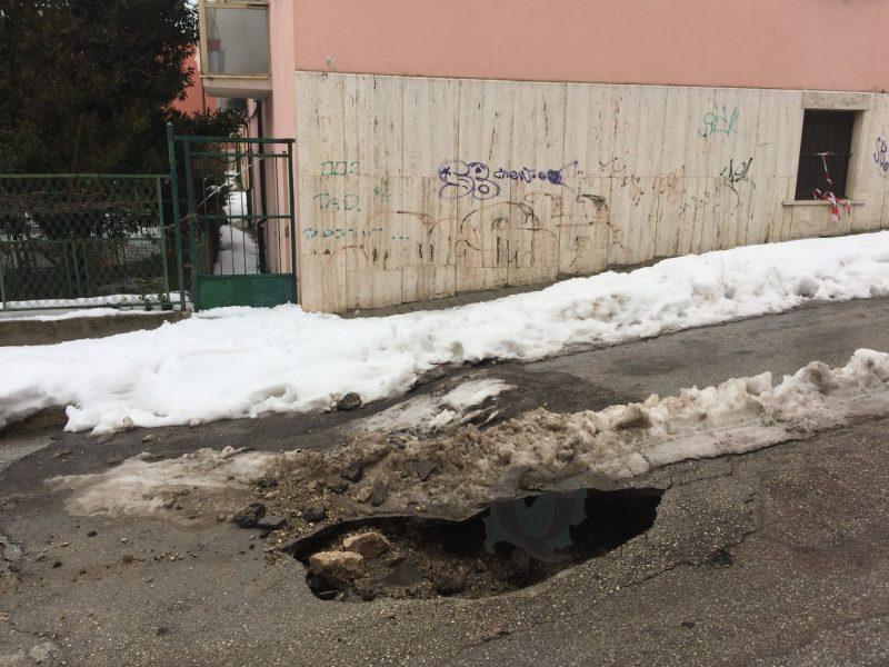 """Tubatura rotta in Via Gorizia, rubinetti """"a secco"""""""