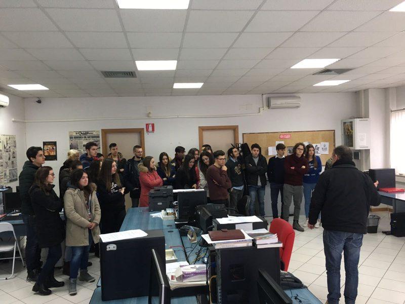 Alternanza scuola-lavoro, i ragazzi del Mario Pagano in redazione