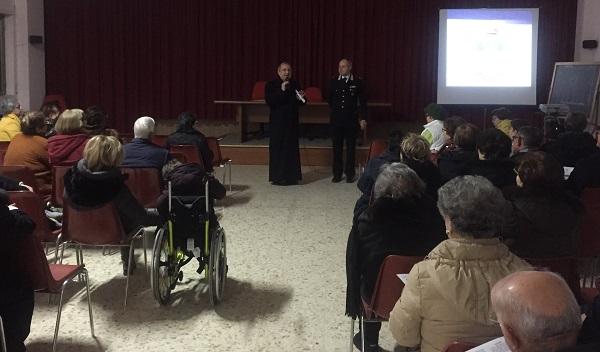 Truffe, i Carabinieri incontrano gli anziani della comunità di Sant'Egidio