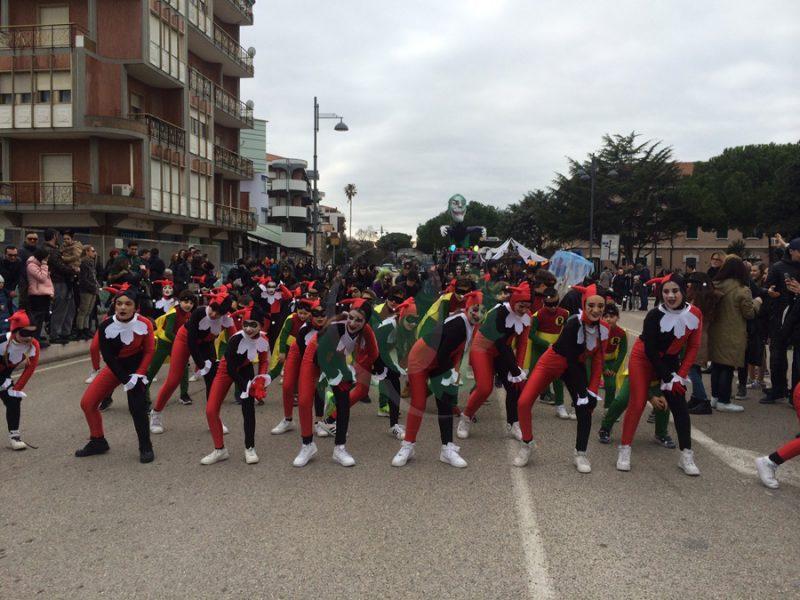 Termoli, il clima non ferma il Carnevale