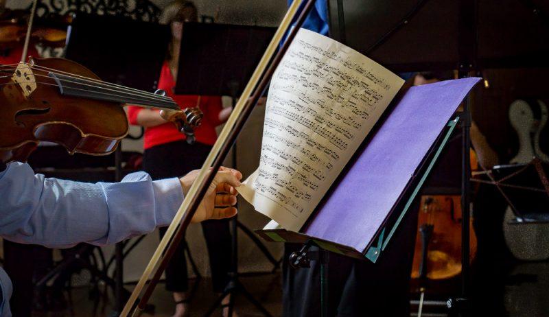 MUSICA- 'Bach in the Subways', domanialla stazione di Campobasso l'esibizione del Perosi
