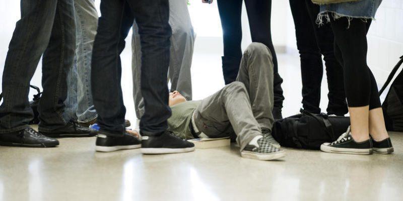 Bullismo, ecco come difendersi, incontro con gli studenti