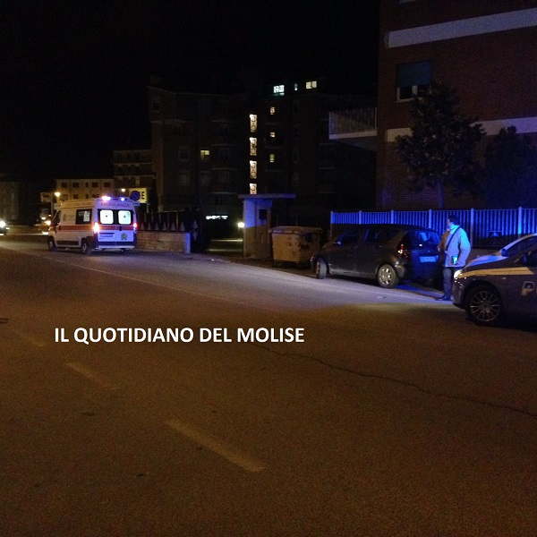 Donna investita in via IV Novembre