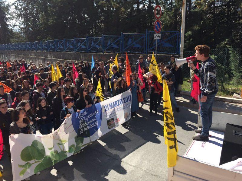 Studenti in corteo contro le mafie